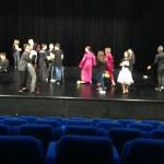 Le lendemain, au théâtre Le Hublot de Bourges, les élèves découvrent le plateau
